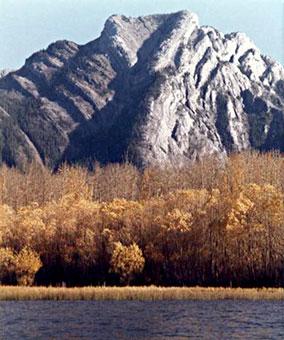 Heart Mountain by Glenlarson